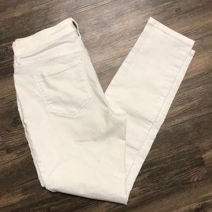 White curvy midrise jeans